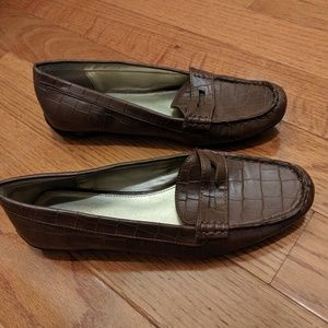 Chaps Brown Leather Loafers